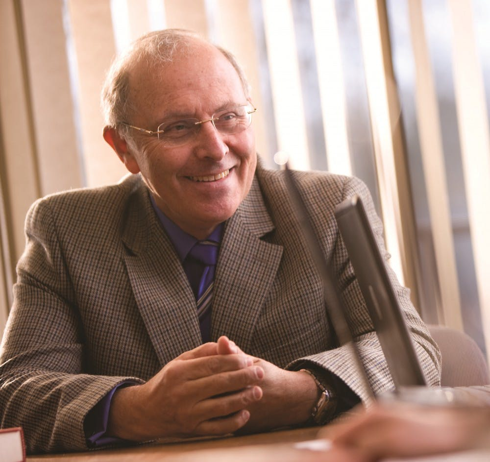 WCL dean to step down in 2016 after 21 years