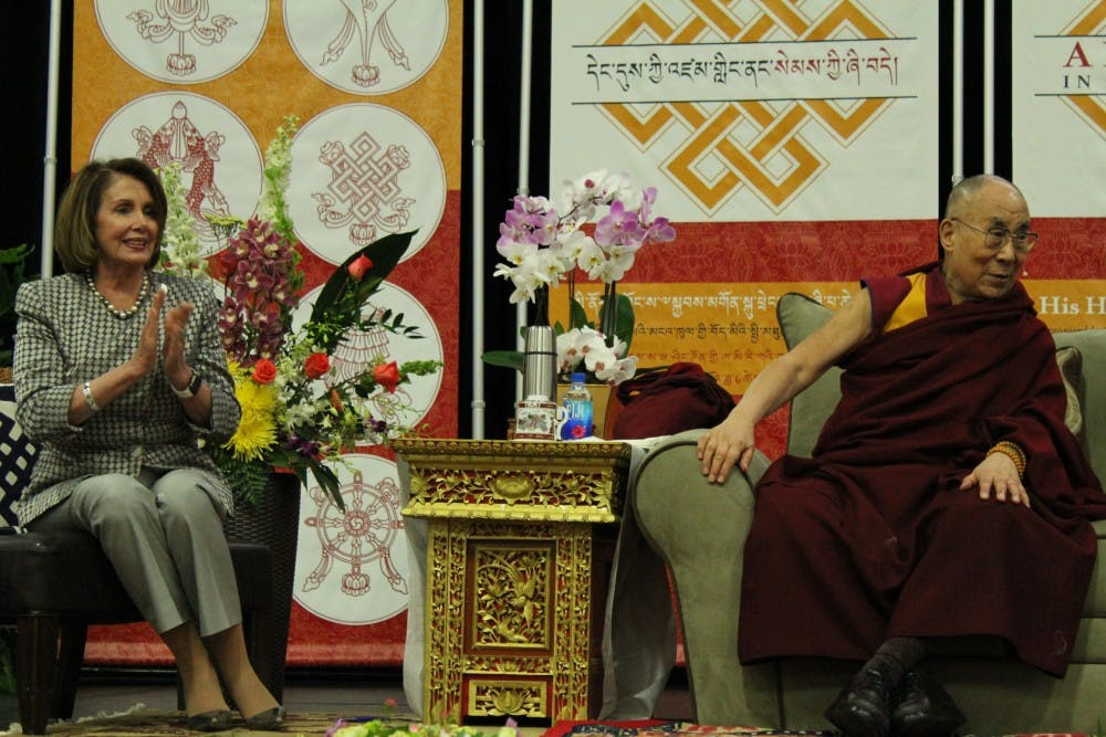 Dalai Lama discusses mindfulness at AU