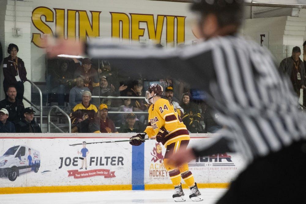 20191102-hockey-vs-quinnipiac-4457