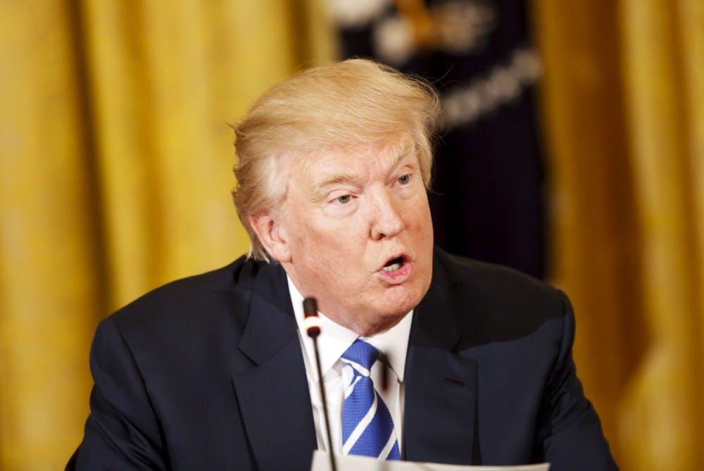 us_news_trumpnixon_2_sip