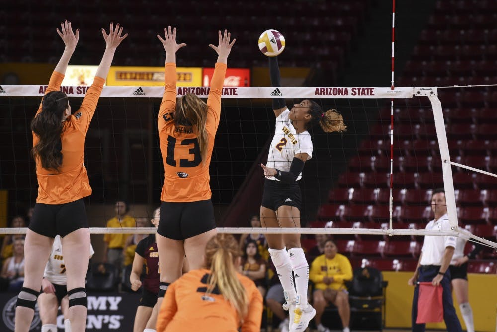 asu-volleyball-vs-oregon-state-7