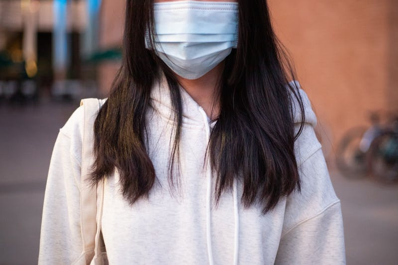 Face covers no longer required outdoors on campus for vaccinated people