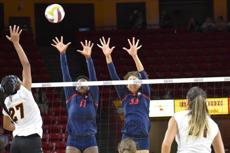 womens volleyball UA