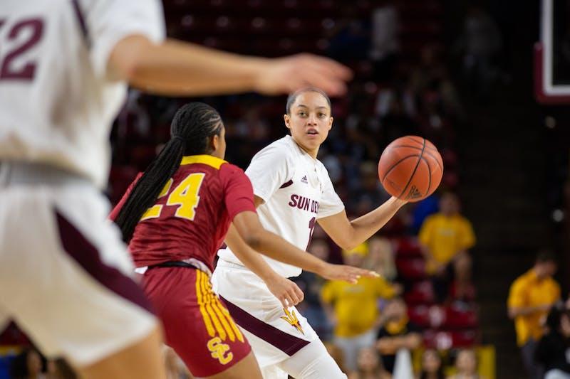 20200131 women's basketball vs USC 0004