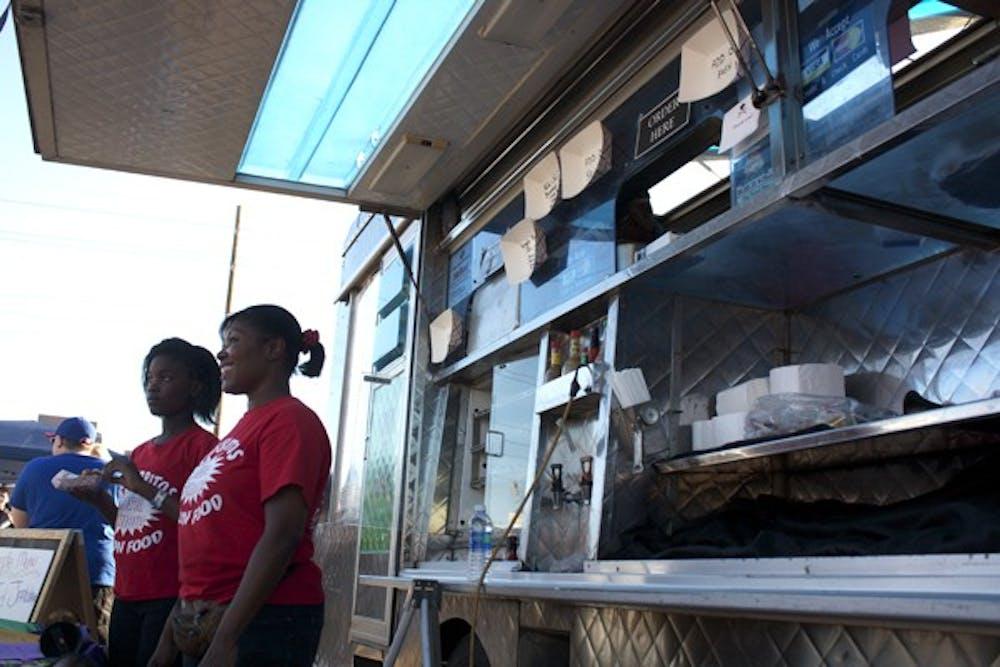 10-24-food-truck