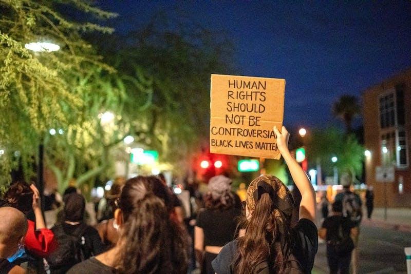 sp la prensa protest.jpg