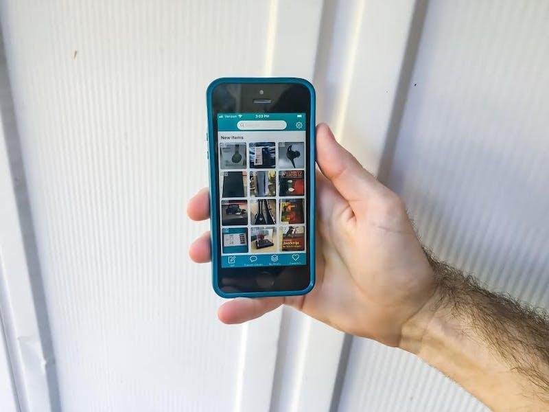 SellAway Phone 2