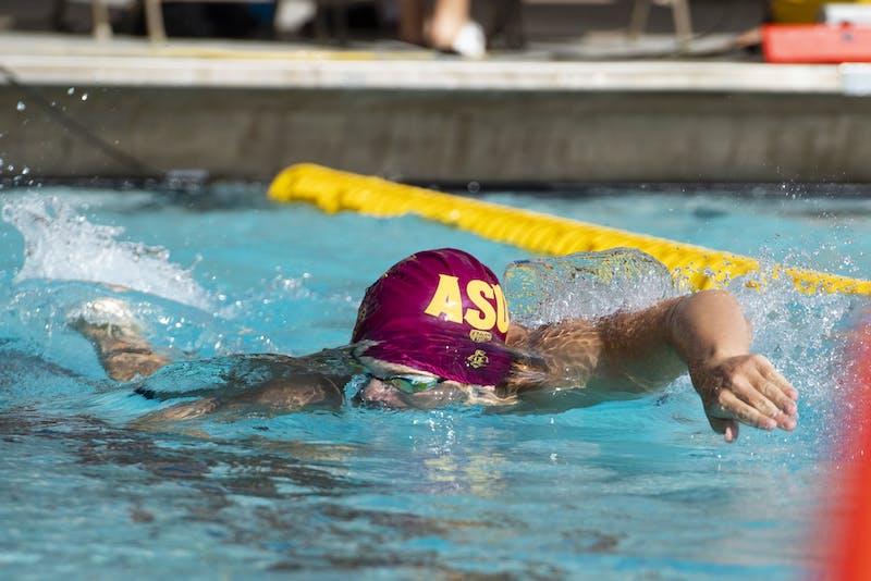 Andrew Gray swims the men's 200-meter freestyle
