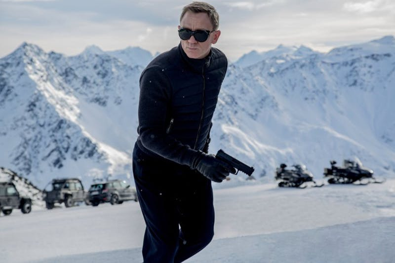 ENTER SPECTRE-MOVIE-REVIEW-ADV06 3 TB