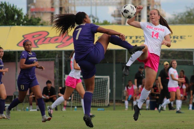 Woman's Soccer v Washington