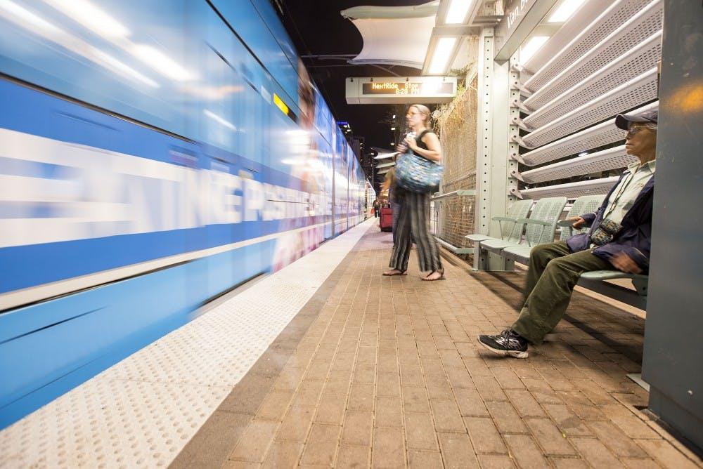 103116_light_rail1