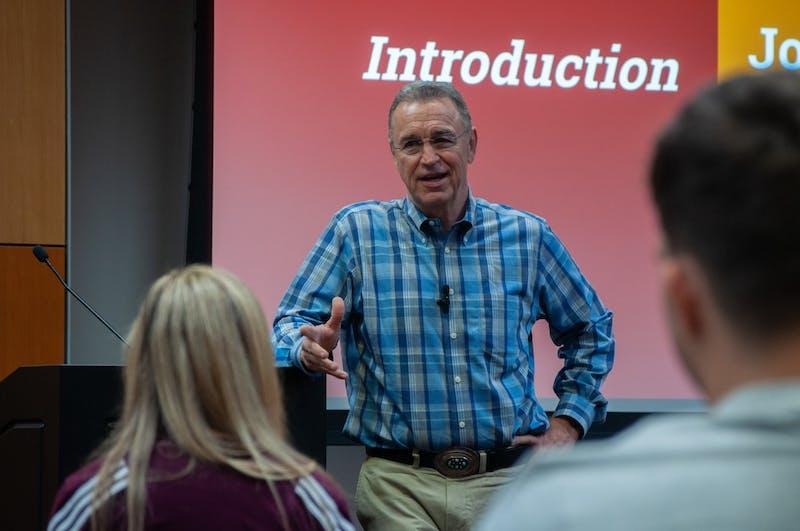 Matt Salmon talks to ASU College Republicans.