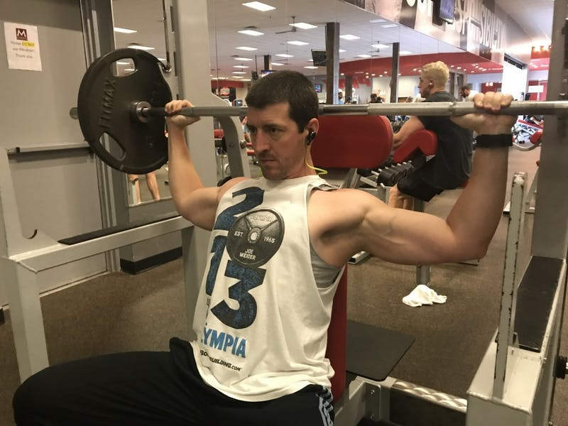 Fitness Shoulder Press Workout