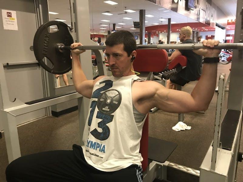 Fitness Shoulder Press Workout