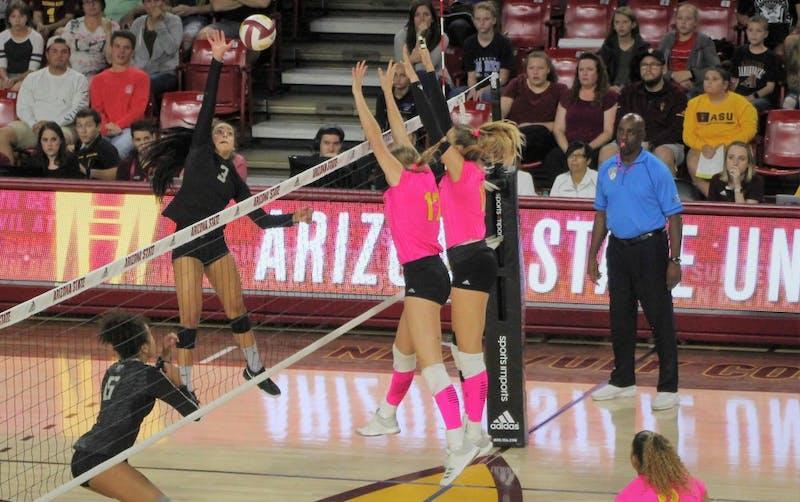 Volleyball_Oregon_Ducks-7.jpg