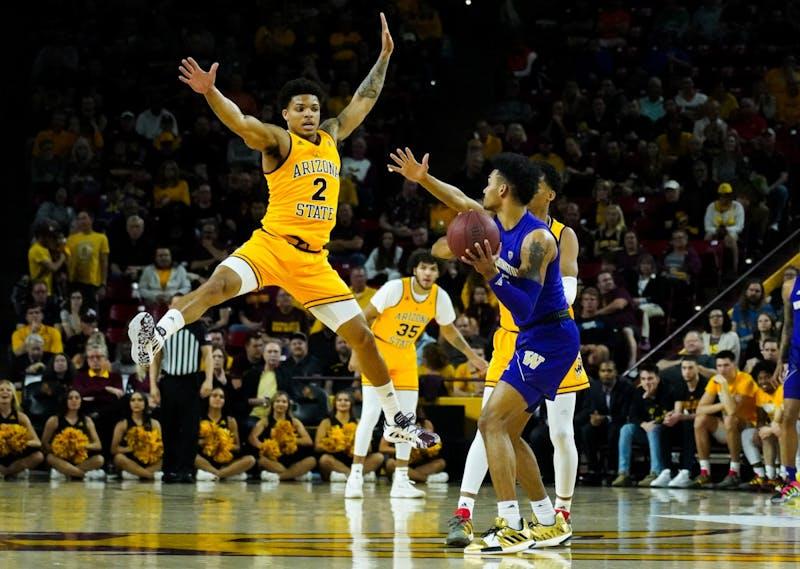 20200305 men's basketball vs Washington 0015