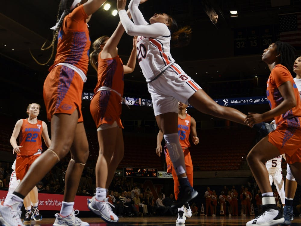 Auburn's Unique Thompson with a shot in the second half.