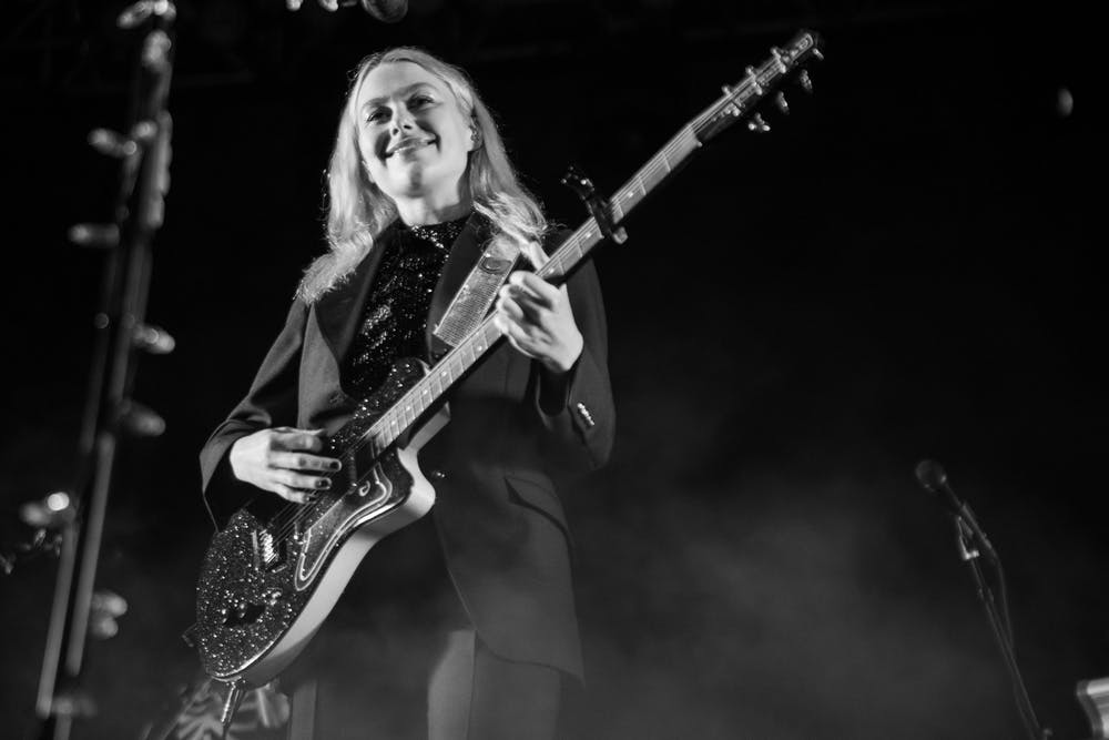 """<p class=""""text-align-right"""">Phoebe Bridgers 10/04/2021 at Avondale Brewing Company 