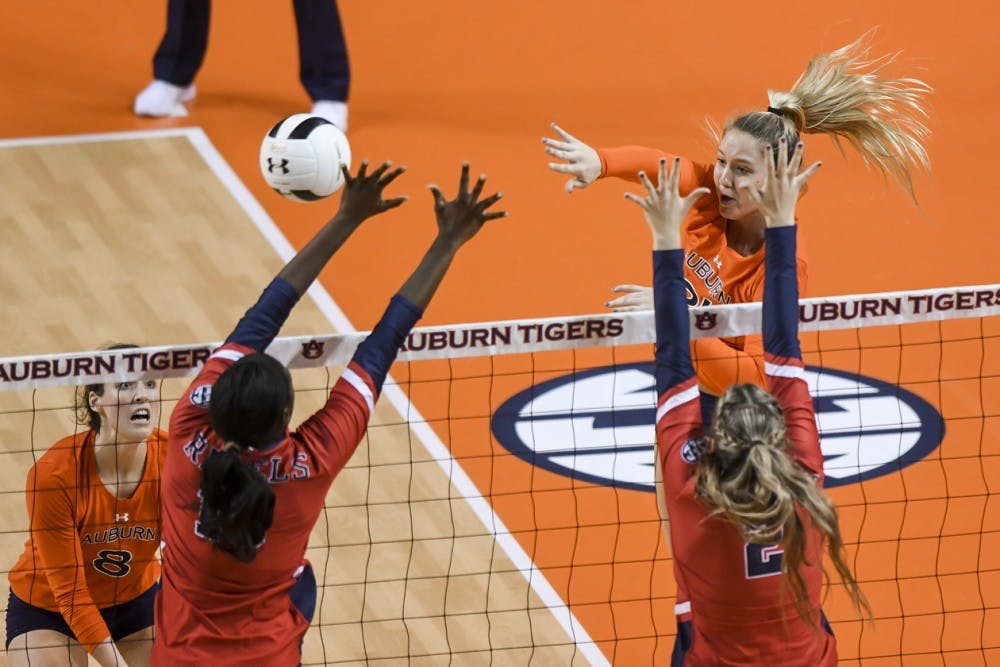 Auburn volleyball vs Ole Miss on Friday, October 26, 2018, in Auburn, Ala. Photo: Wade Rackley /Auburn Athletics