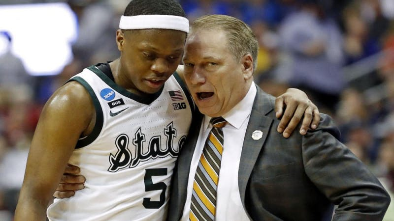 Mar 29, 2019; Washington, DC, USA; Michigan State Spartans head coach Tom Izzo talks with Michigan State Spartans guard Cassius Winston (5) during the second half against the LSU Tigers in the semifinals of the east regional of the 2019 NCAA Tournament at Capital One Arena. Mandatory Credit: Geoff Burke-USA TODAY Sports