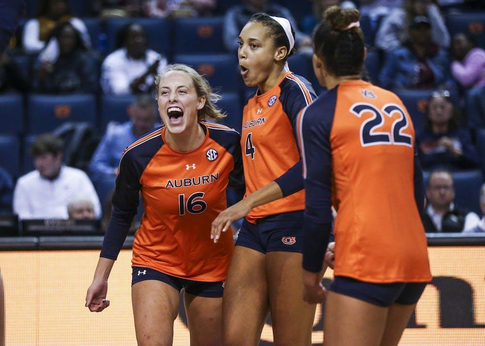 Val Green (16), Shaina White (4)Volleyball vs Miss. State on Friday, Nov. 1, 2019, in Auburn, Ala.Cat Wofford/Auburn Athletics