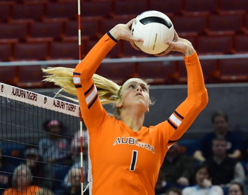 Mica Allison (1) Auburn Volleyball vs Mississippi State on Wednesday, November 21, 2018 in Auburn, Ala.