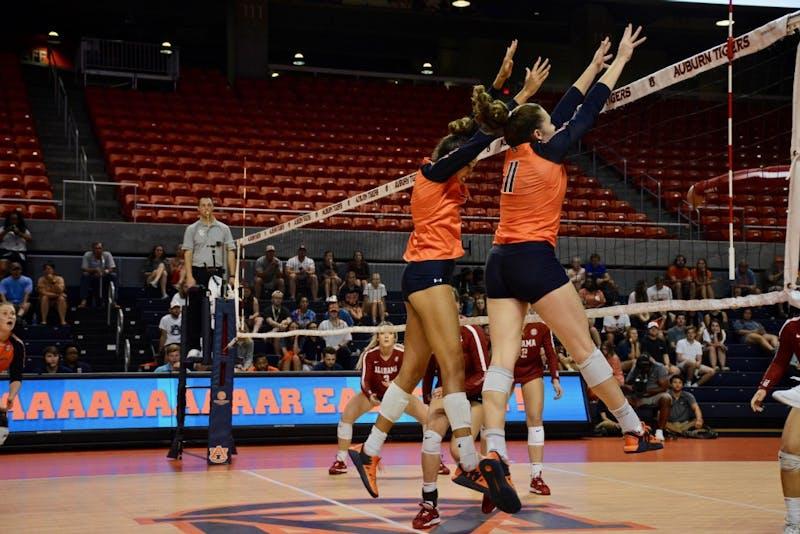 GALLERY: Auburn Volleyball vs. Alabama | 10.2.19