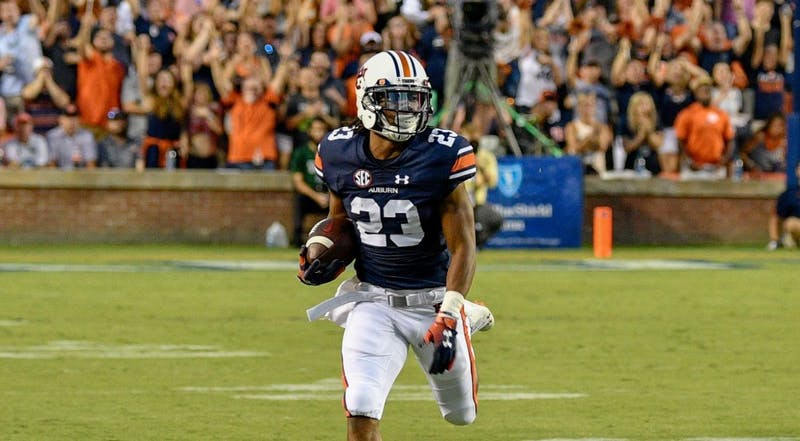 Ryan Davis (23) sits alone atop Auburn's all-time receptions list.