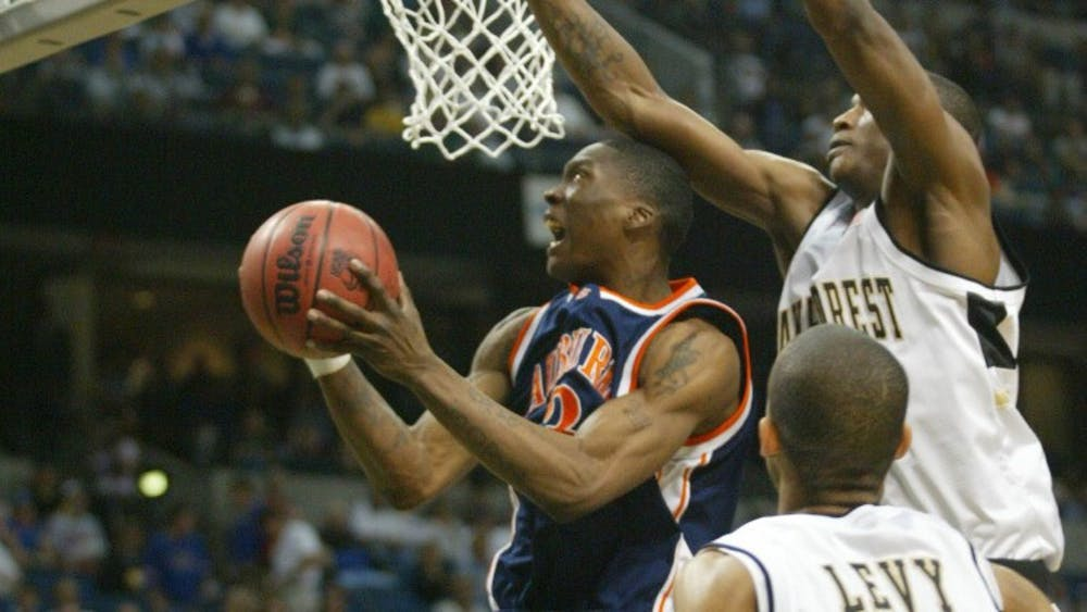 cd1b8326fe81ec A sweet flashback  What the world was like last time Auburn was in the  Sweet 16