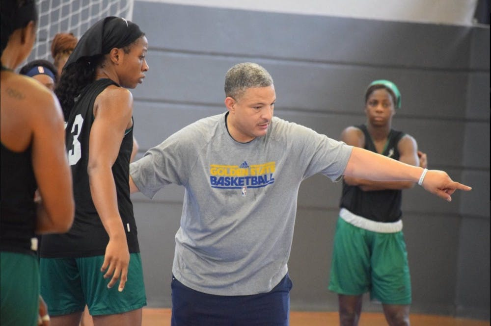 Otis Hughley brings 'wealth of basketball knowledge' to women's basketball staff