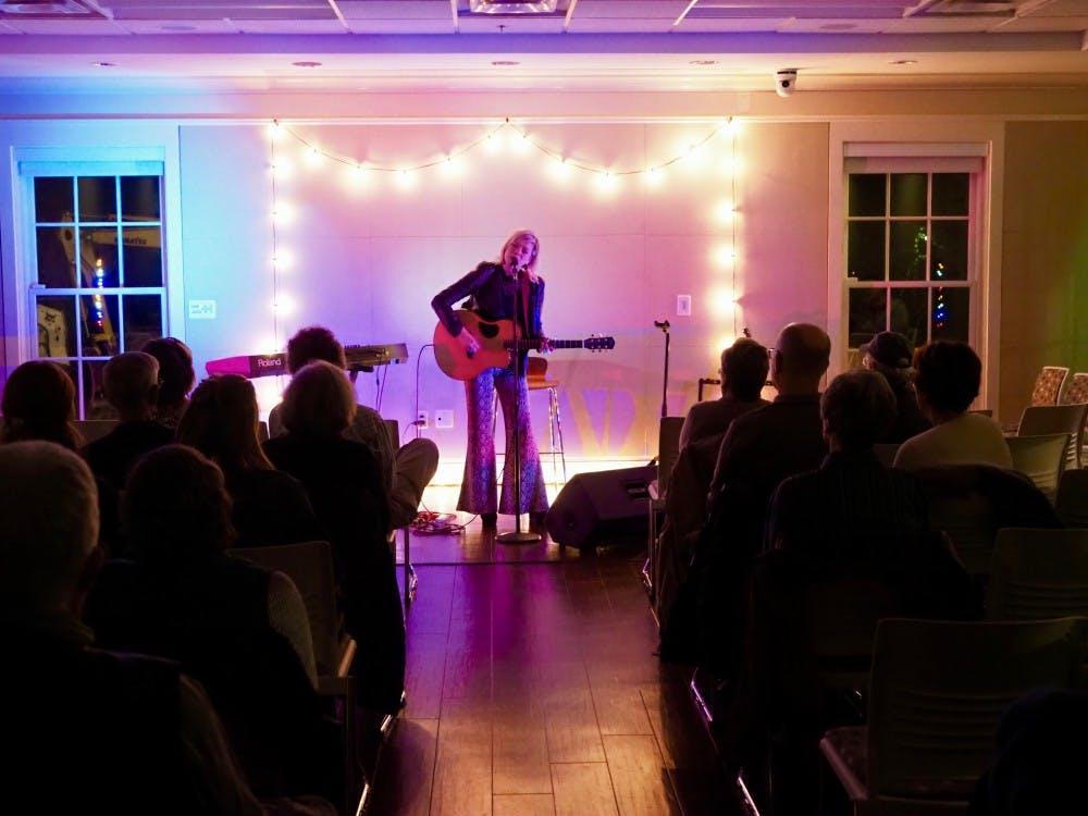 Pebble Hill hosts singer-songwriter Liz Longley