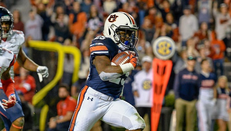 Shaun Shivers (25) runs the ball during Auburn Football vs Liberty on Saturday,  Nov. 17, 2018, in Auburn, Ala.