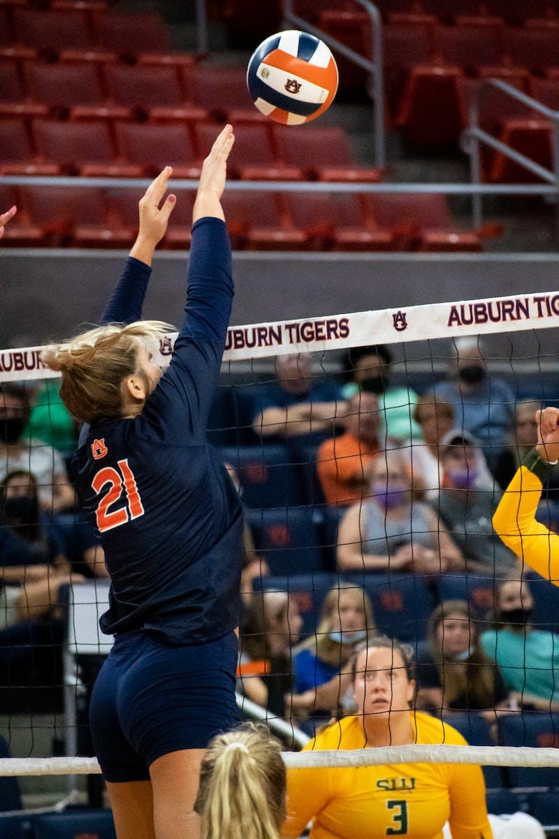 Volleyball AU vs Southeastern Louisiana
