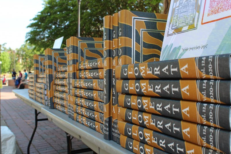 Copies of the 124th edition of The Glomerata wait to be distributed on the concourse.