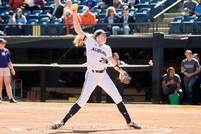 Makayla Martin pitches during Auburn softball vs. Western Illinois on Sunday, Mar. 4, 2018, in Auburn, Ala.