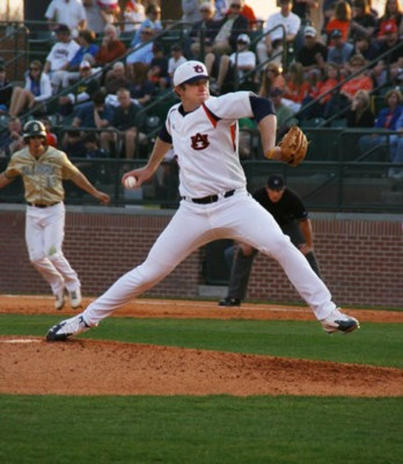 The Tigers had a successful weekend, and the attendance of 11,514 was the largest opening weekend crowd of Plainsman Park history.