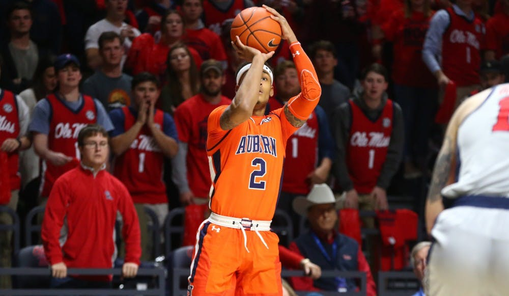 Auburn unable to complete second-half rally in loss at Ole Miss