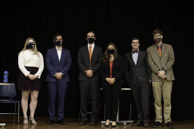 From left to right: Joelle Woggerman, Carsten Grove (College Democrats), Conner Ettmuellet, Lydia Maxwell (College Republicans), Troy Beckham and Ian Ramsden (Young Americans for Liberty).