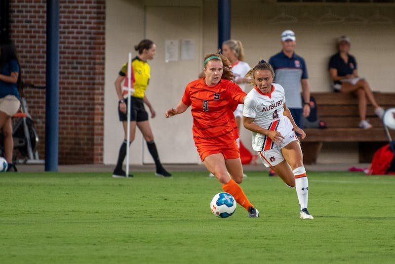 Bri Folds (4) chases after the ball during Auburn Soccer vs. Syracuse, on Thursday, Sept. 5, 2019, in Auburn, Ala.