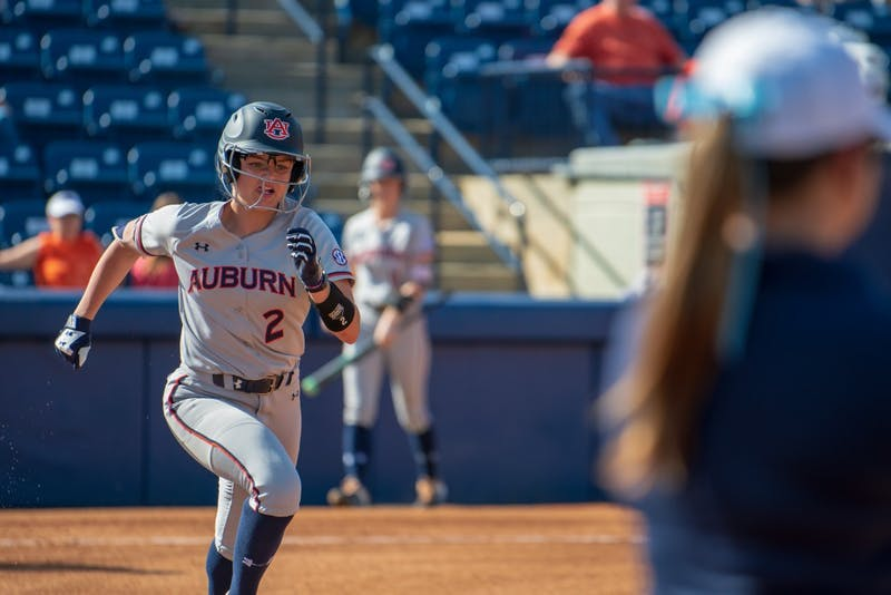 Taylon Snow (2) sprints toward first base during Auburn softball vs. Villanova on Friday, Feb. 22, 2019, in Auburn, Ala.