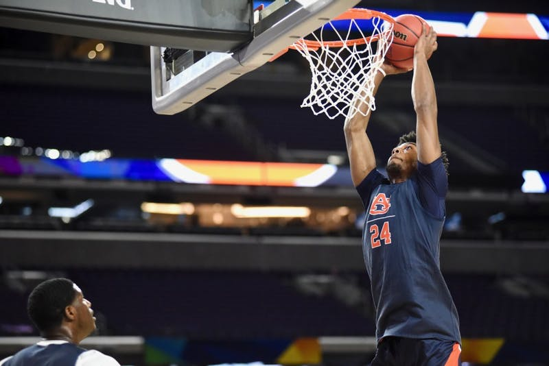 GALLERY: Scenes from Auburn's Final Four practice