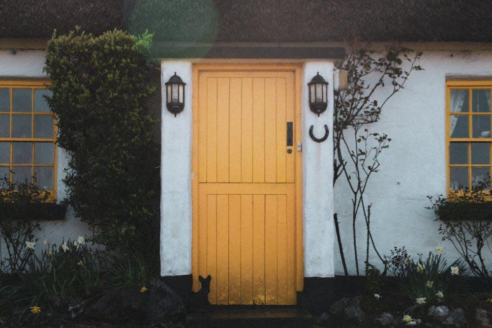 Cottagecore aesthetic goes viral on social media