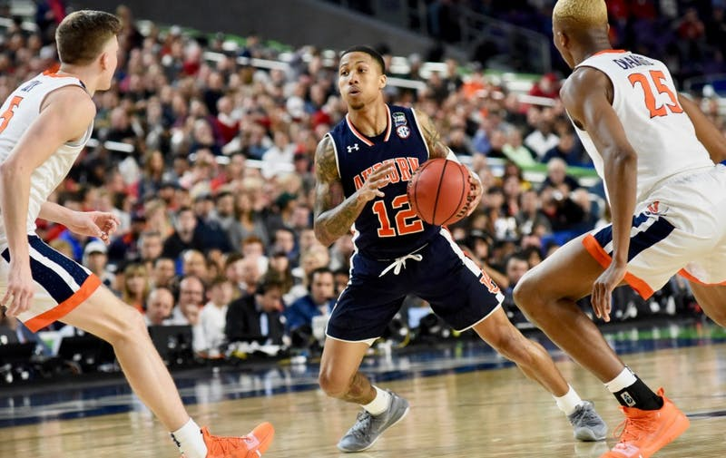 J'Von McCormick (12) during UVA vs. Auburn on Saturday, April 6, 2019, in Minneapolis, Minn.