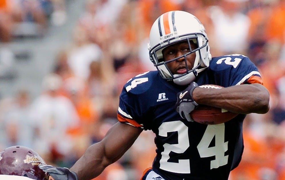 Auburn great Cadillac Williams hired as Tigers' running backs coach