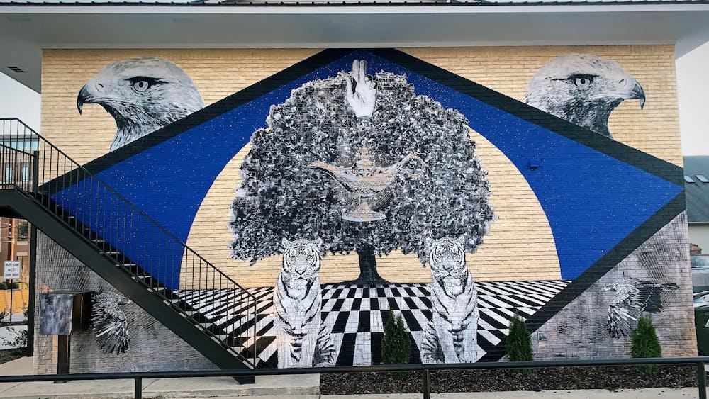 Local artist designs murals using Auburn spirit