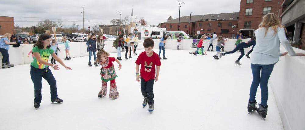 Ice rink opening at Auburn Mall