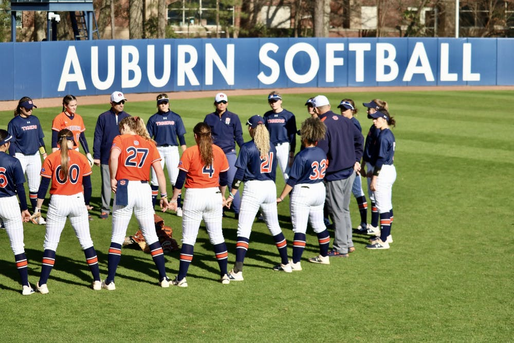 Auburn softball set to return five seniors for 2021 season