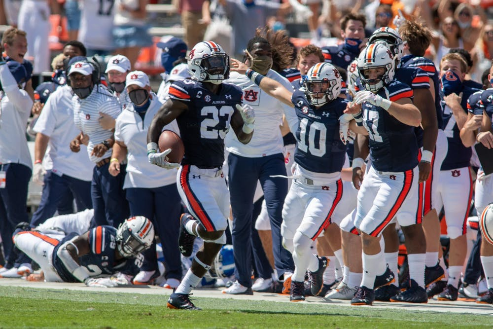 Roger McCreary's turnovers help Auburn to 29-13 victory over Kentucky