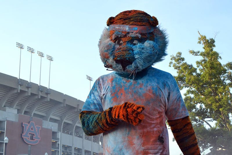 Aubie at Color Me Auburn 5K on Saturday, August 23, 2014. (Jordan Hays | Copy Editor)