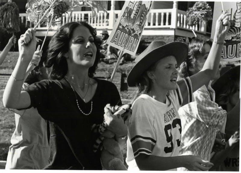 Women celebrate Auburn gameday in 1980.